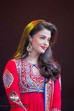 The 9th Asiavision Movie Awards were held in the city of Sharjah, UAE recently and Aishwarya Rai Bachchan was in attendance at the do. Aishwarya was ...