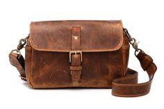 35cfe3d013e8 女性向け本革カメラバッグ「THE PALMA」 - デジカメ Watch Watch   かばん   カメラバッグ、バッグ、カメラ