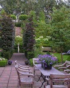 English Garden Patio Design Ideas, Pictures, Remodel, and Decor Modern Landscape Design, Modern Landscaping, Backyard Landscaping, Landscaping Ideas, Boxwood Landscaping, Backyard Ponds, Modern Patio, Backyard Patio, Outdoor Rooms