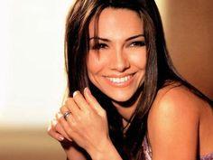 Vanessa Marcil...loved her on General Hospital