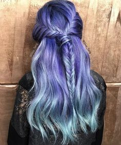 Purple to pastel blue ombre - hair pop hair extensions - www Blond Pastel, Pastel Hair, Pastel Blue, Pretty Hair Color, Beautiful Hair Color, Color Fantasia, Pop Hair, Nails Short, Up Dos