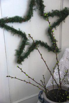 kirsebærkvister Wreaths, Home Decor, Home, Decoration Home, Door Wreaths, Room Decor, Deco Mesh Wreaths, Interior Design, Home Interiors