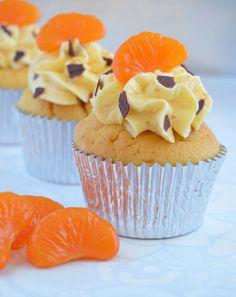 Cupcakes de mandarina rellenos de crema de chocolate con SMBC de mermelada de mandarina (toma ya titulazoooooo!!!!!)