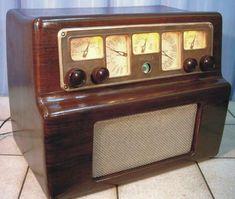 Radio Phonola 567 1940 Italy  https://www.pinterest.com/0bvuc9ca1gm03at/