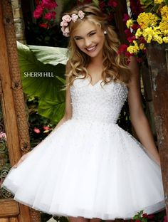 Sherri Hill dresses are designer gowns for television and film stars. Find out why her prom dresses and couture dresses are the choice of young Hollywood. Sherri Hill Wedding Dresses, Bat Mitzvah Dresses, 2016 Homecoming Dresses, Dama Dresses, Short Dresses, Cheap Cocktail Dresses, Sweetheart Wedding Dress, Beautiful Dresses, Ideias Fashion