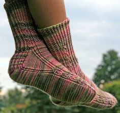 Ravelry: Firestarter in Four Languages pattern by Yarnissima