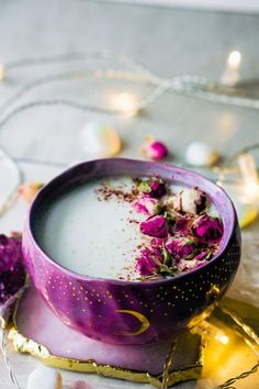 Rose Cardamom Almond Moon Milk (vegan, paleo, body ecology, keto and dairy-free) Yummy Drinks, Healthy Drinks, Yummy Food, Healthy Recipes, Smoothie Bowl Vegan, Smoothie Detox, Vegetarian Smoothies, Tea Recipes, Cooking Recipes