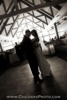 Wedding Venues, Heatherwoode Golf Club, Reception, First Dance, Childers Photography