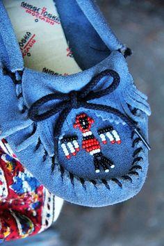 Vintage 70s SUEDE Minnetonka MOCCASINS Boho HIPPIE Beaded Fringe Flats Shoes - Fierce Vintage Clothing by TatiTati Vintage on Etsy