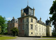 "Castle ""d'Aspremont Lynden"" at Oud-Rekem (Belgium) by Mark Billiau."