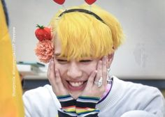 171019 Kim Yugyeom at Goyang Fansign cr: Youngjae, Got7 Yugyeom, Jinyoung, Got7 2017, Got 7 Wallpaper, Young And Rich, Yellow Hair, Together Forever, Get A Life
