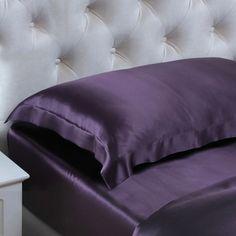Morado Oscuro, La funda de almohada de #seda #19MM con estilo de housewife y cenefa de 5 cm, será tu primera elección de este año. La seda de #morera 100% pura puede mejorar de manera efectiva la condición de tu piel y cabello. Insistimos en una calidad máxima. De: https://www.oosilk.com/es/19mm-silk-oxford-pillowcase-c.html