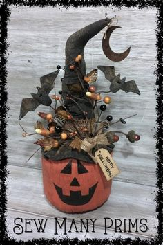 Jack O Lantern Halloween Centerpiece JOL Primitive Halloween Crafts, Halloween Gourds, Halloween Lanterns, Halloween Doll, Halloween Ornaments, Halloween Items, Diy Halloween Decorations, Holidays Halloween, Vintage Halloween