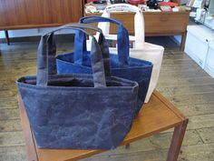 Lunch bag (black/dark blue/grey) - all made from Japanese WASHI paper - light yet strong - highly water-resistant and not easily torn: www.ima-koko.co.nz/