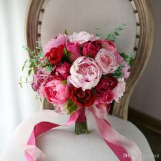 Red and Pink Roses Peony Wedding Bouquet Boeket 2018 Artificial Flowers Bridal Bouquet Bride Brooch Ball Bouquet De Mariage Bruidsboeket Vintage Wedding Flowers, Prom Flowers, White Wedding Flowers, Bridal Flowers, Purple Wedding, Floral Wedding, Trendy Wedding, Wedding Rustic, Silk Flowers