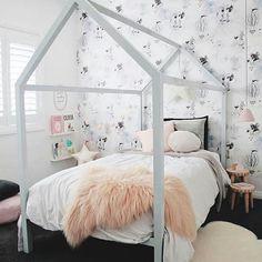 Inspiração ♡ #interiores #design #interiordesign #decor #decoração #decorlovers #archilovers #inspiration #ideias #dormitórioteen #quartoinfantil #bedroom #kidsroom #quartodemenina #thislittlelove