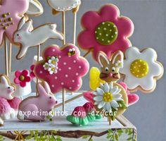 Experimentos con azúcar - cursos cupcakes y galletas decoradas - Pamplona   Estamos en época de Primeras Comuniones así que esto es lo que n...