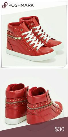 Lyndi high top sneakers. Fit: size 7.5 - 8 fit slightly loose, enough room for socks. JustFab Shoes Sneakers