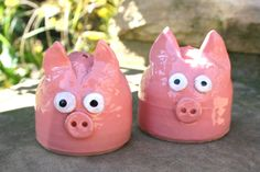 Pink Pig Salt and Pepper Shaker Set by CavemanPottery on Etsy, $30.00