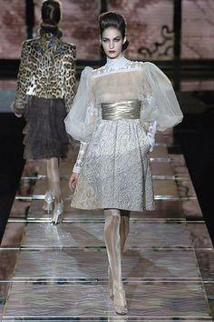 Valentino Fall 2006 Couture Fashion Show - Emina Cunmulaj