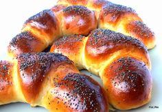 Nejedlé recepty: Loupáky Bread Recipes, Cooking Recipes, Bread Dough Recipe, Czech Recipes, Oreo Cupcakes, Home Baking, Bread Rolls, Pavlova, Graham Crackers