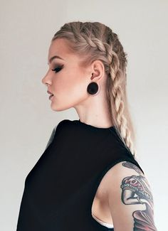 Katrin Berndt<br>22 year old YouTuber and blogger from Sweden.<br><br>For business inquiries: katrin.d.berndt@gmail.com