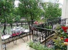 Parisian breakfast at accomodation Ile Saint Louis, Paris vacation apartment rental, Rose.
