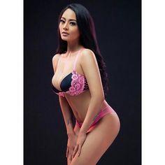 Vigee Hot Pics - World Actress
