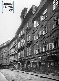 Karlova ulice Czech Republic, Historical Photos, Vintage Images, Old Photos, Most Beautiful Pictures, Black And White, Country, City, Travel