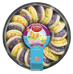 Lofthouse Cookies are making every day festive as America's favorite handheld treat. Sugar Cookie Frosting, Sugar Cookies, Smarties Chocolate, Blue Bunny Ice Cream, Lofthouse Cookies, Bubble Gum Machine, Cheesecake Mix, Birthday Breakfast, Yummy Treats