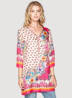 Ross Tunic The Johnny Was Ross Tunic is a vision. Wear this tunic with dark-wash jeans, booties and chunky necklaces and bracelets. Extremely versatile, this tunic can also be worn tucked into a skirt for a great night out look!  -100% Silk -Relaxed Fit -V-Neck and 3/4 Sleeves -Signature Silk Print -The model is wearing a size Small. Measurements for a size Small: Bust: 40