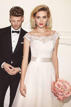 Wedding dress - Mikaella Bridal 1959