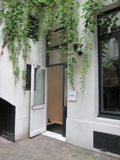 Hanging plants, APC PARIS