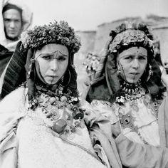 Berberes Maroc. Certaines tribus ne portent pas de voile traditionnellement, mais jusqu'à quand?