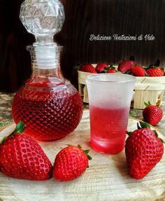 Limoncello, Wine Decanter, Alcoholic Drinks, Strawberry, Cupcake, Homemade, Fruit, Food, Thalia