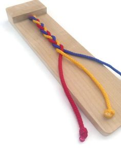 Braiding Board - Montessori Supplies - Learning Toys for Children - Fine Motor Toys for Preschool - Occupational Therapy Toys - Wooden Toys toys Braiding Board - Montessori Supplies - Learni Diy Montessori Toys, Montessori Practical Life, Montessori Toddler, Toddler Toys, Toddler Activities, Diy Preschool Toys, Therapy Activities, Physical Activities, Learning Toys