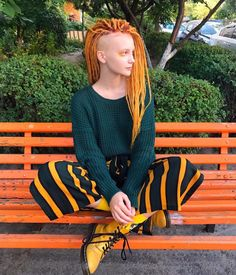 Jamaica Handmade Dreadlocks, Ombre Multi-color, 39 colors Optional, dreadlock dreads hair, packaging options: 10 strands/pack or 20 strands/pack. Dreads, Extensions Ombre, Dreadlock Extensions, Pretty People, Beautiful People, Rasta Hair, Red Ombre Hair, Beautiful Red Hair, Corte Y Color