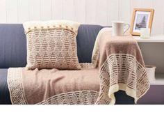 Blanket and cushion set