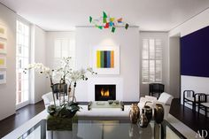 Love the large orchid arrangement in this Federal-style townhouse in Washington, D.C.