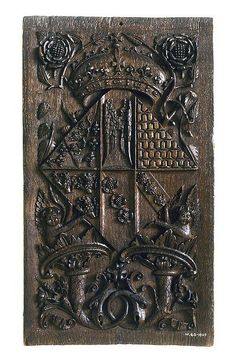 Jane Seymour's coat of arms on an oak panel.    Image courtesy of Inor19 on Flickr.