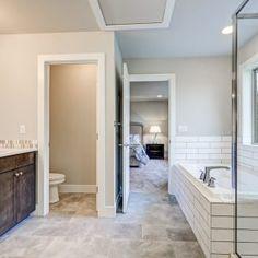 bathroom-apr27-172017-04-27 at 12.38.24 PM 31