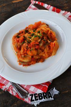 Musaca de cartofi si legume Ratatouille, Ethnic Recipes, Food, Essen, Meals, Yemek, Eten