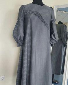 40 Latest Sleeve Designs to Try With Kurtis Kurti Sleeves Design, Sleeves Designs For Dresses, Sleeve Designs, Abaya Fashion, Muslim Fashion, Kurta Designs Women, Blouse Designs, Simple Dresses, Casual Dresses