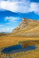 Lac du Lauzon - Drôme - France http://www.rando-drome.com/