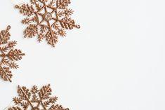 Desktop Wallpaper 1920x1080, Christmas Desktop Wallpaper, Iphone Wallpaper Fall, Wallpaper Backgrounds, Wallpapers, Christmas Images, Christmas Design, White Background With Design, Christmas Flatlay