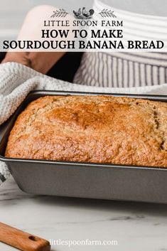 Sourdough banana bread is such an easy recipe! It& so moist and it can be made with nuts, chocolate or both! It& the best banana bread recipe with simple ingredients. I love to add walnuts but you can use pecans as well. Your family will LOVE this recipe! Sourdough Banana Bread Recipe, Sourdough Starter Discard Recipe, Best Banana Bread, Sourdough Recipes, Banana Bread Recipes, Brioche Recipe, Bread Starter, Bread Machine Recipes, Saveur
