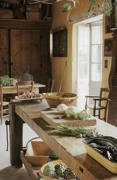 French butcher block, kitchen island... Cote Sud via Decor de Provence