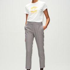 Modelos de calças femininas para te deixar ainda mais elegante.