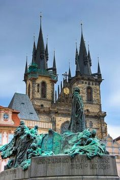 Prague, Family Travel, Switzerland, Cathedral, Travel Tips, Building, Bodies, Paisajes, Family Trips