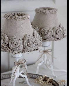 35 Amazingly Cute Shabby Chic Bedroom Design and De .- 35 erstaunlich hübsch Shabby Chic Schlafzimmer Design und Dekor-Ideen 35 Amazingly Cute Shabby Chic Bedroom Design and Decor Ideas – Decoration Ideas 2018 - Casas Shabby Chic, Shabby Chic Mode, Shabby Chic Vintage, Style Shabby Chic, Shabby Chic Living Room, Shabby Chic Bedrooms, Shabby Chic Furniture, Rustic Chic, Trendy Bedroom